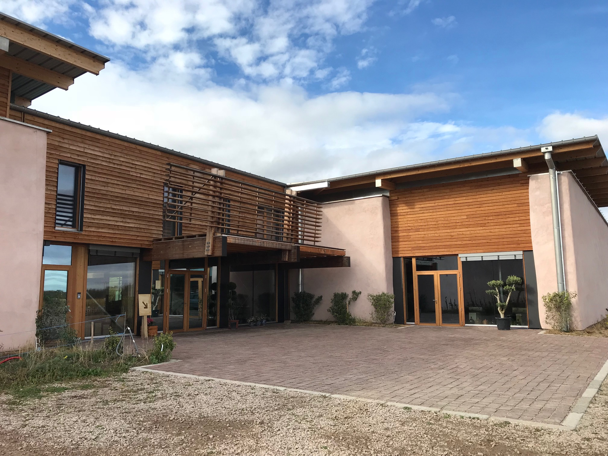 vinifika-domaine-achillée-building